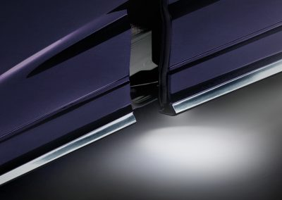 Power Sliding Door with Outer Courtesy Light