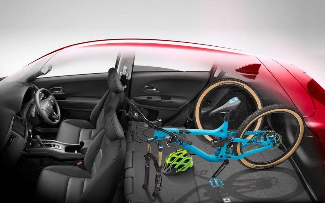 Tips Aman Bawa Sepeda Menggunakan Mobil!