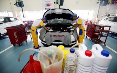 Tips Menjaga Performa Mesin Mobil Optimal